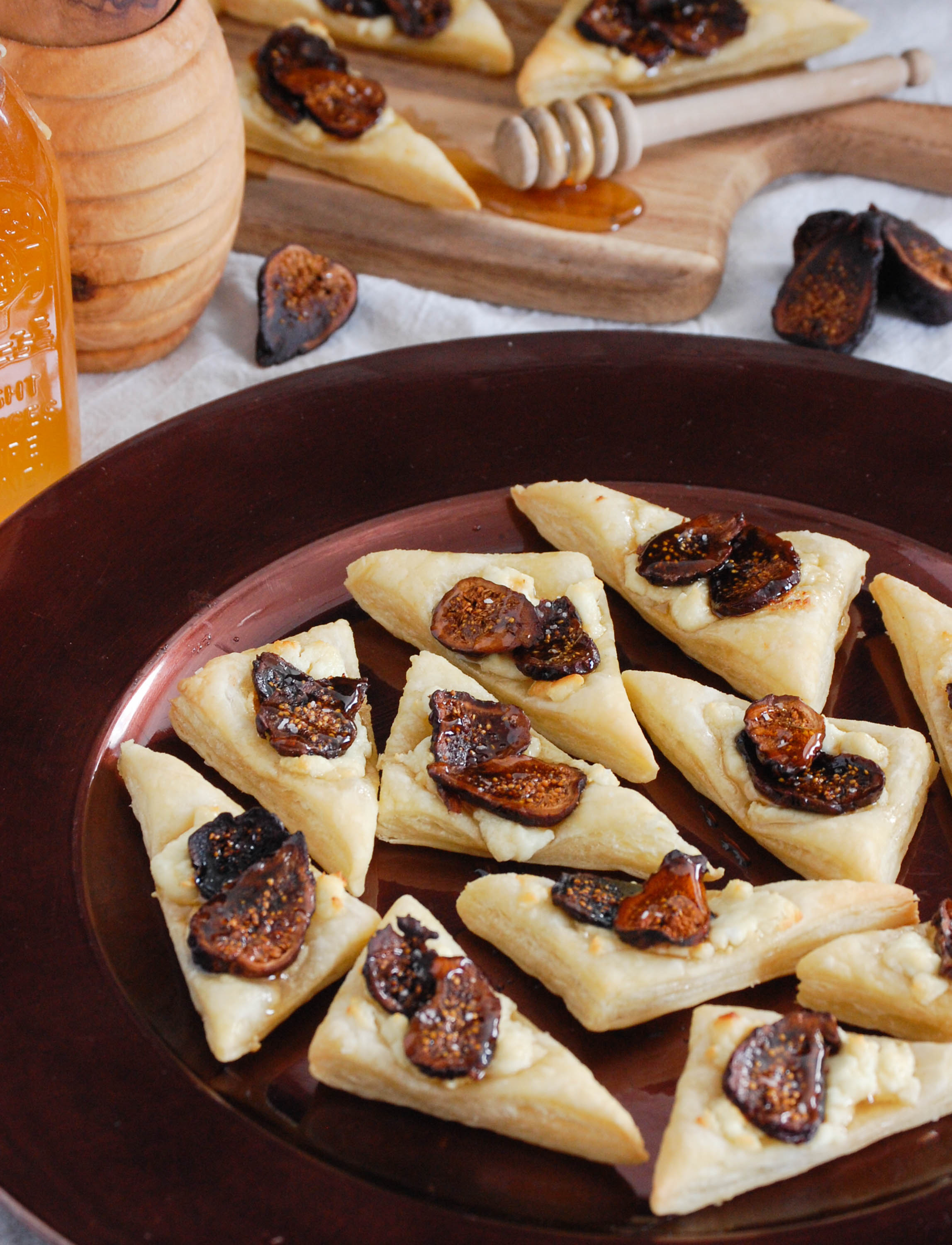 Fig, Honey, and Goat Cheese Bites via The District Table