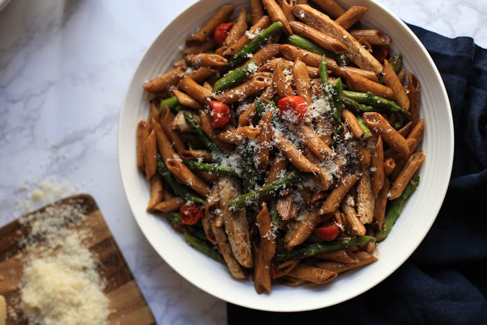 Balsamic Pasta with Chicken, Tomato, and Asparagus